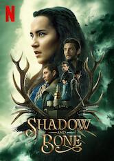 Kliknij by uszyskać więcej informacji | Netflix: Cień ikość / Shadow and Bone | Mroczne siły stają nadrodze osieroconej kartografki Aliny Starkov, dysponującej nadprzyrodzoną mocą, która może odmienić los rozdartego przez wojnę świata.