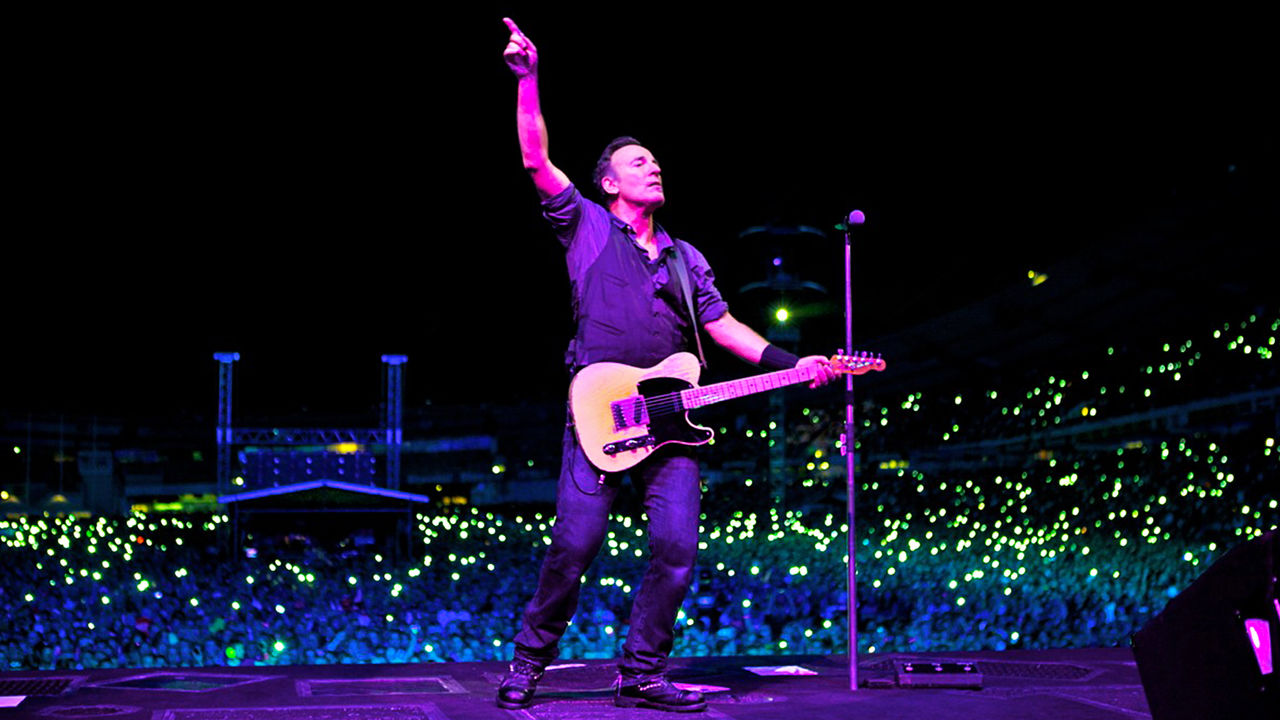 netflix-springsteen-and-i-bg