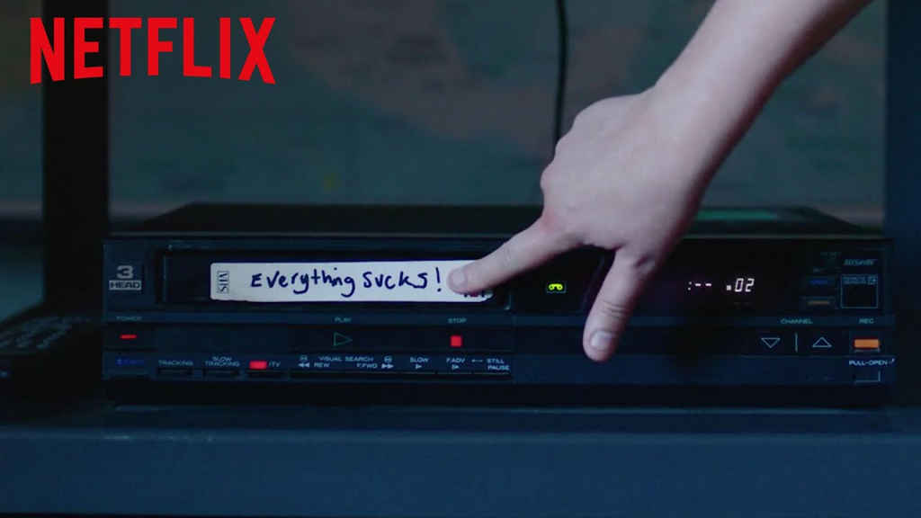 netflix-Everything Sucks-bg-1